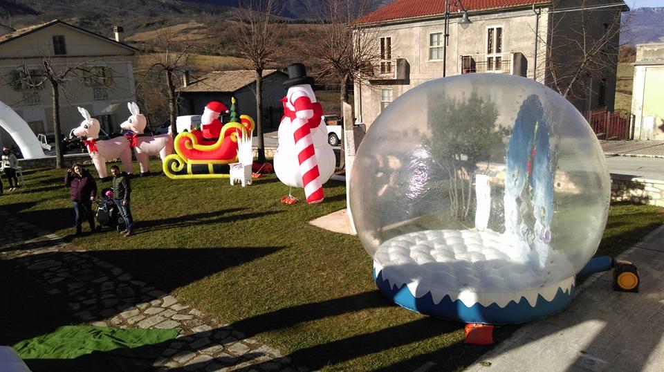 Casetta Di Natale Gonfiabile : Gonfiabili di natale annunci sassari
